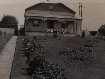 The Richards' house in Queenscliff 1936